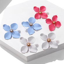 Simple Design Flower Earrings Korean Style Minimalist Jewelry White Red Small Stud Earrings For Women Classical Trendy Brincos(China)