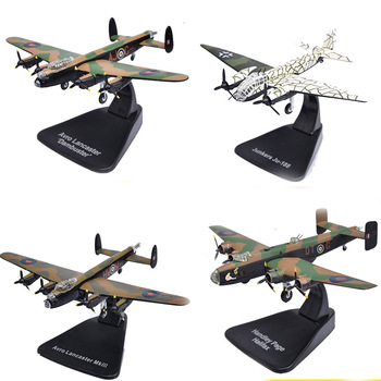 Collectible 1: 144 scale World War II aircraft model British Lancaster German bomber model Alloy metal model finished product цена 2017
