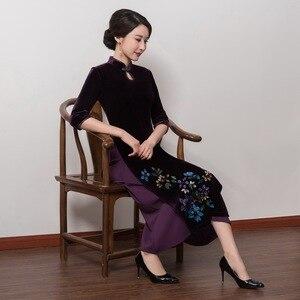 Image 4 - 2019 satış yüksek Quinceanera Vietnam kadife Cheongsam geliştirilmiş Qipao elbise uzun el boyalı kadın yeni fon sonbahar kış