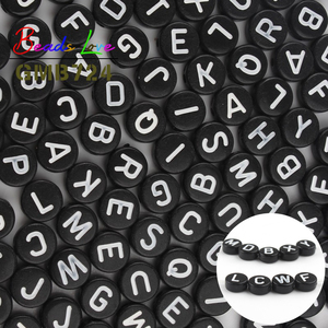100pcs Black Mixed Letter Acrylic Beads 4*7MM Round Flat Alphabet Acrylic Beads for Bracelet Necklace Jewelry Making Accessories