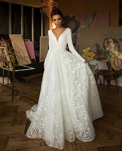 Image 3 - Vintage Wedding Dress Tulle A Line Sexy Deep V Neck Bride Wedding Gown Long Backless Holow Party Bridal Dress vestido de novia