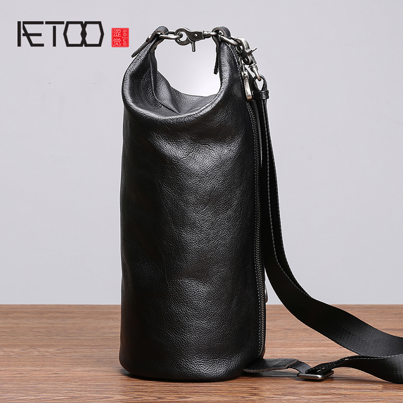 AETOO Chest Bag Male Leather Single Shoulder Oblique Cross Bag Personality Cylinder Bag Men's Head Layer Cow Purse