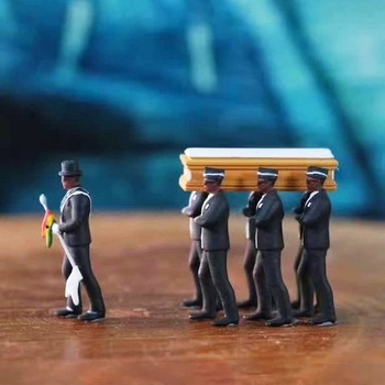 1/18 Simulation Ghana Funeral Coffin Dancing Pallbearer Team Model Action Figure Collect Toy Workmanship Action Figure Car Decor image