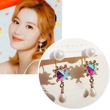 MENGJIQIAO koreański błyszczące kolorowe kryształowe serce Waterdrop Pearl spadek kolczyki dla kobiet Party Fashion Luxury Pendientes biżuteria
