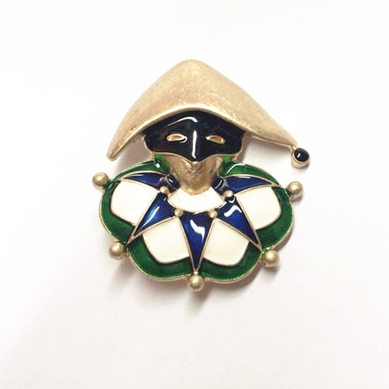 2019 Europe And The United  States Fashion The New Drops Of Enamel Gold Straw Hat Masked Men Brooch