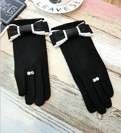 Women's autumn winter thicken warm pearl ring wool gloves lady's bow touch screen cashmere glove winter driving glove R2266