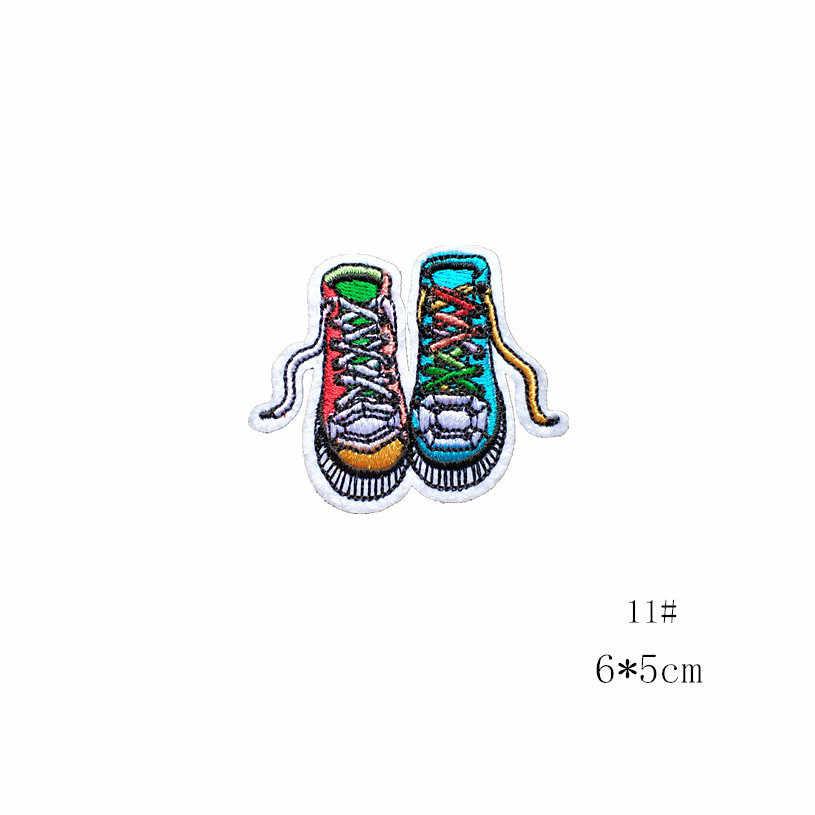 1 PCS 편지 의류에 대 한 의류 패치에 만화 수 놓은 패치 줄무늬 철 손 Parches 립 신발 배지 Parches
