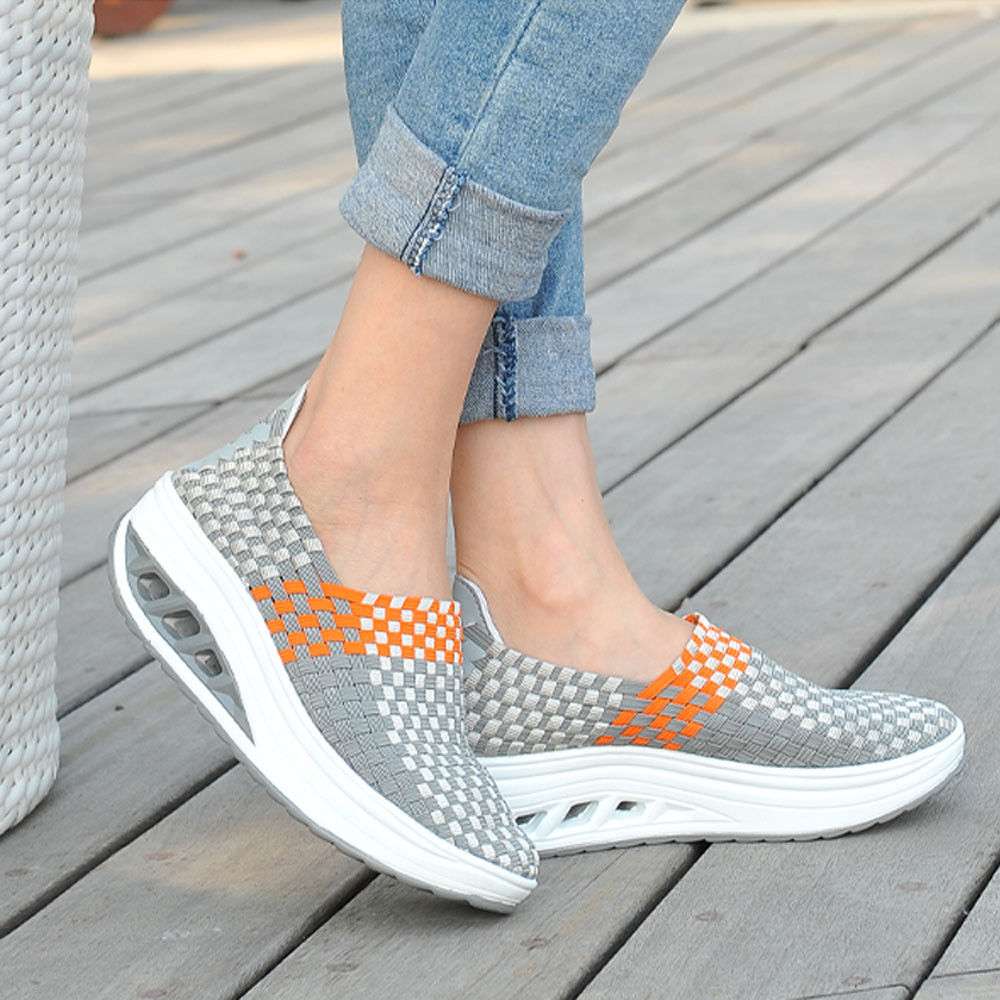 Walking Shoes Women's Shake Shoes Ventilate Fitness Sports Shoes Casual Breathability Pure Color Keep Fit Shoes