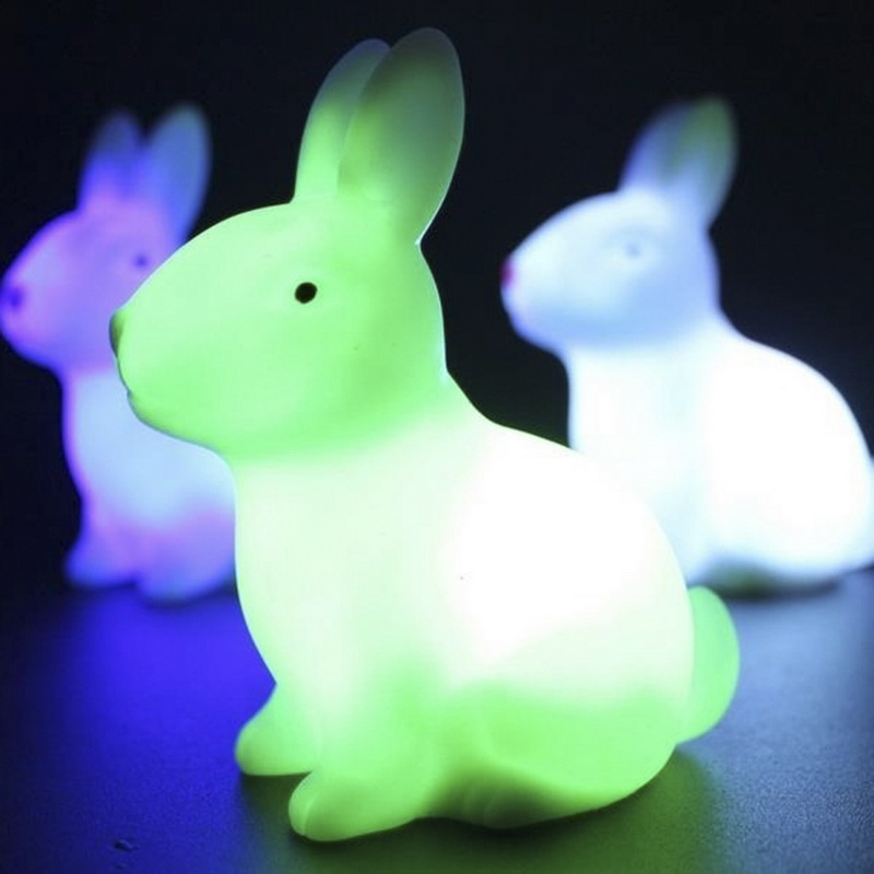 1PC Random 7 Color Changing Animal LED Night Light Desk Lamp With Battery Baby Bedroom Decoration Dolls Party Holiday Table Lamp