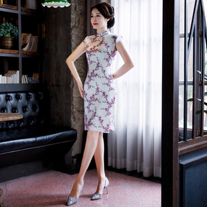 Image 2 - Vestido De Debutante Hot Sale Short Tank 2020 Chinese Style Womens Mid Long Silk Cheongsam Summer New Low Slit Dress Wholesale