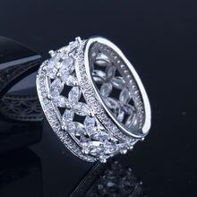 Кольцо из серебра 925 пробы с фианитом aaa