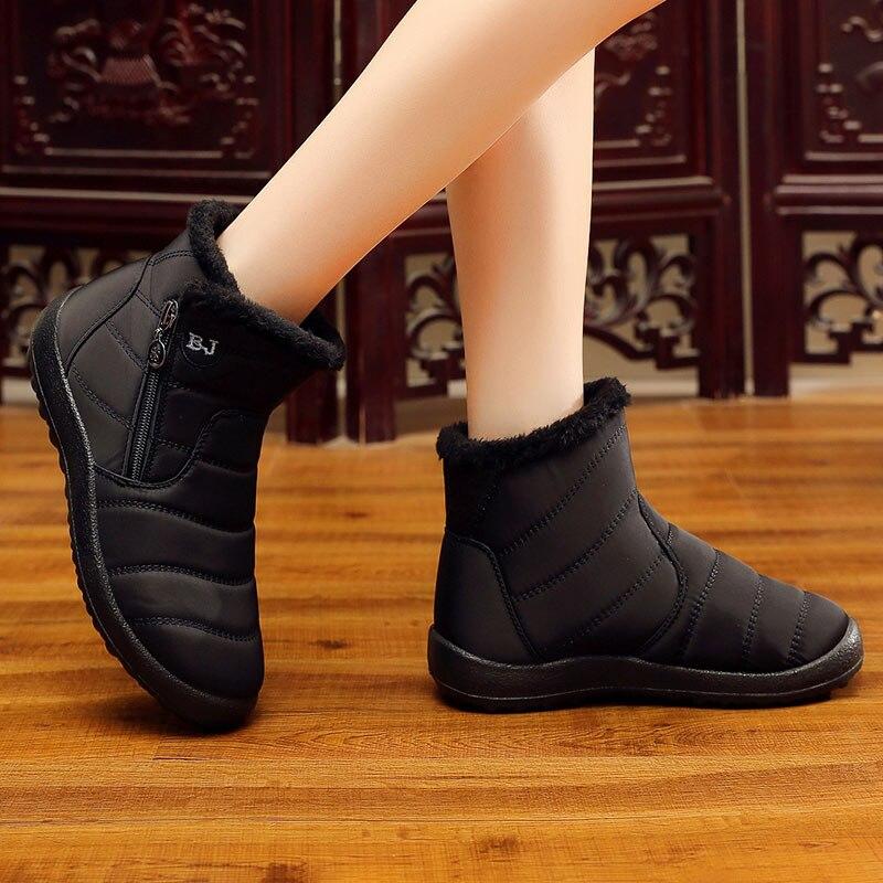 Botas de Invierno para mujer 2019 botas de nieve de felpa calientes zapatos de mujer tubo grueso impermeable cremallera lateral zapatos mujeres botines más tamaño