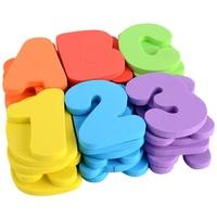 赤ちゃんのパズルのおもちゃ26英文字 + 10個数字セット早期教育のおもちゃソフトeva水水着ステッカーをモンテッソーリ玩具数学