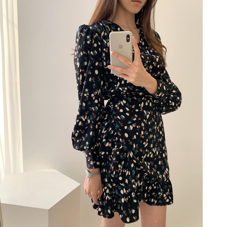 Hce5eed16571741c5ac17f7ca37597fecO - Autumn V-neck Long Sleeves Floral Print Flounced Mini Dress