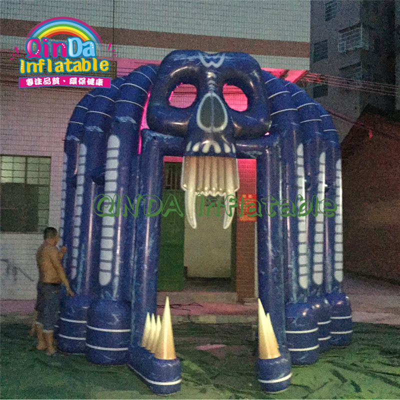 Latest Horror Skull Halloween Airblown Inflatable Spooky Grim Reaper Arch With Tatter For Outdoor Yard Art Decoration