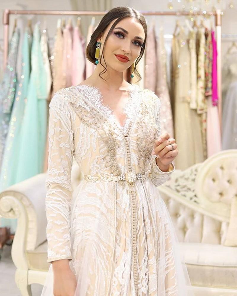 Марокканское длинное вечернее платье с вышивкой и бисером