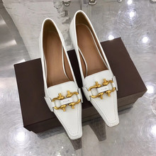 2019 Elegant High Heels British Style Square Toe Shoes Woman Retro Metal Decor Loafers Women Fashion Shallow Mouth Party Shoes