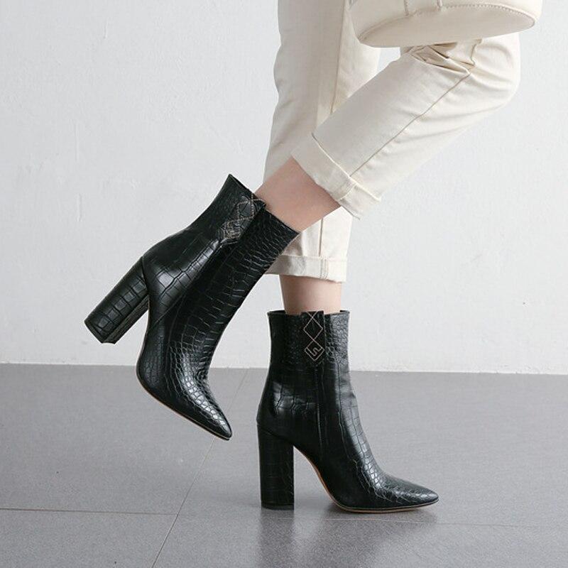 Winter Women Snake Print Platform Block High Heel Ankle Boots Women Square Heels Pointed Toe Female Short Boots Botas Mujer BT12