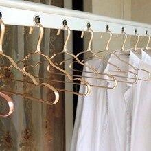 5/10 adet alüminyum alaşım giysi rafı kaymaz Metal askıları ev dolap Space Saver organizatör giyim dikişsiz kurutma raf