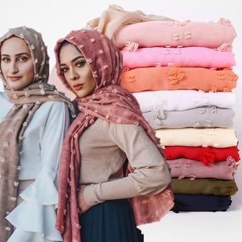 1 pc Pom bawełna hidżab szalik zwykły piłka do softballu szale szale muzułmańskie chusty jednolity kolor okłady turbany Tassel handmade szaliki tanie i dobre opinie Peacesky WOMEN Dla dorosłych Wiskoza COTTON Scarf Stałe Moda 175 cm MSL126 hijabs scarf shawl 22 colors in stock 180*80cm