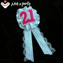 12 Uds 2016 fiesta de eventos blanco caliente Rosa vintage encaje broche de listón caliente 21 para recuerdo de cumpleaños, boda Feliz cumpleaños