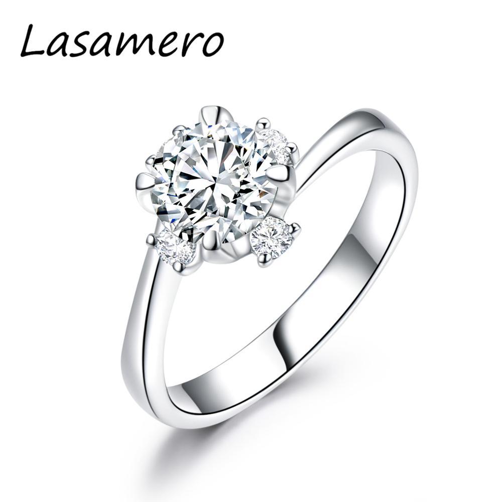 LASAMERO Einzigartige Handgemachte Ring 1.00CT Runde Cut 6,5 MM Farblos Moissanites Versprechen Ring Solide 14K Gold Akzente Engagement Ring