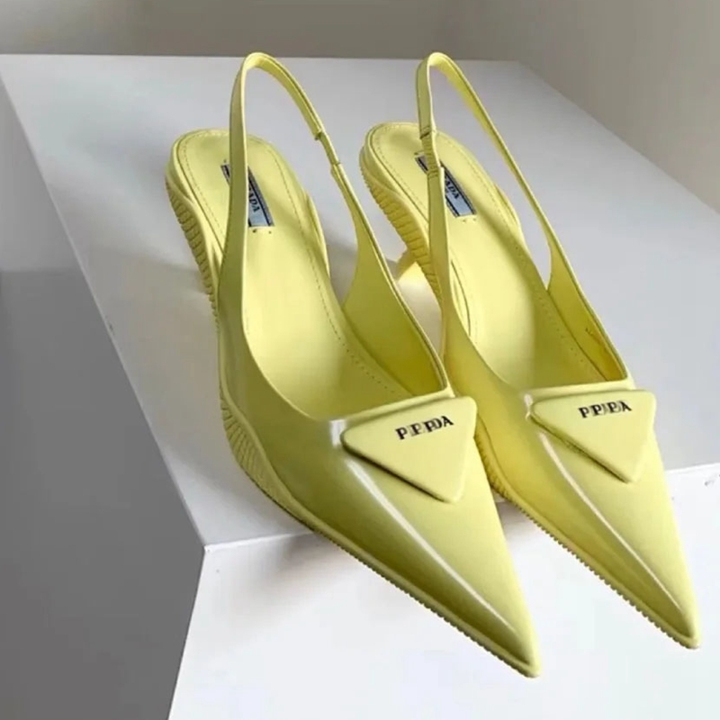 Color Anti-skid wear-resistant cat heel shoes women's 2021 new pointy triangle empty high heel sandals wrapped toe shallow shoes