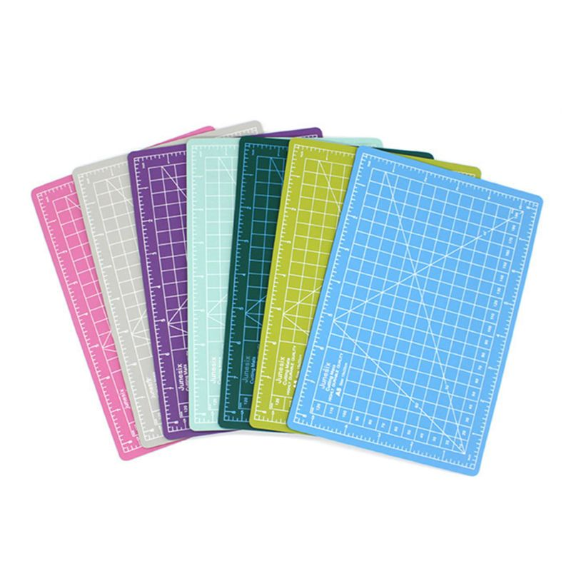 1Pc A5 Cutting Board Manual Model Cutting Pad Rubber Stamp Engraving Pad Measuring Scale Board Random Color