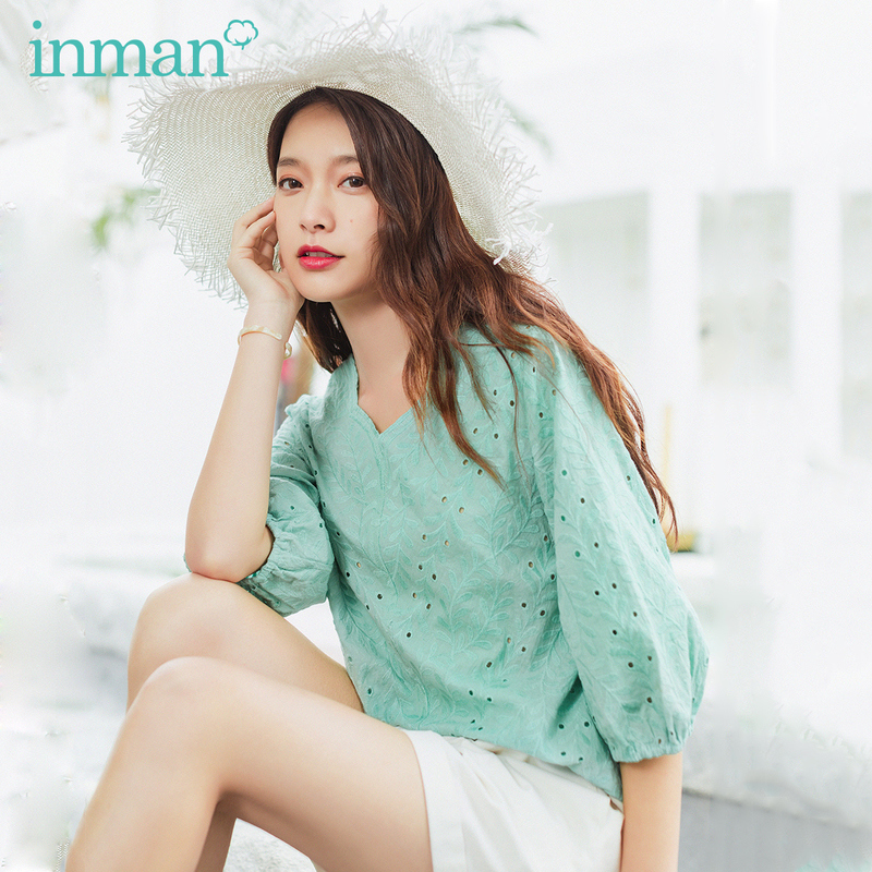 INMAN Summer New Arrival Half Sleeve Flower Shape V Neck Loose Style Hollow Out Leaf Elegant Style Top Blouse