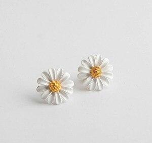 Image 4 - CSxjd New High quality luxury Personality white daisy sun flower bee open bracelet
