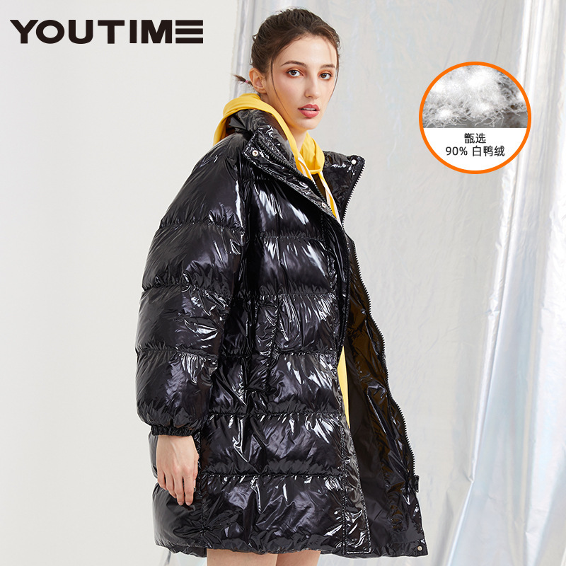 Wholesale of Female Mid-long Bright Face Thickened Collar and Loose White Duck Down Fashion Jacket in the Winter of 2019