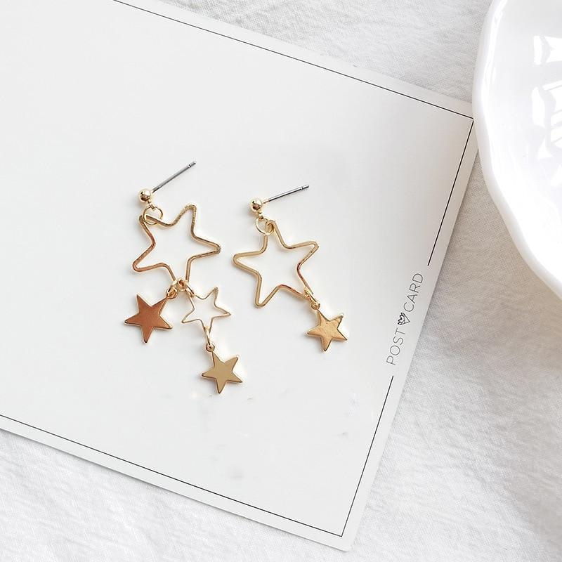 Asymmetric Star Drop Earrings For Women Retro Hollow out Statement Hand Metal Fashion Dangle Earring Jewelry Female Brincos