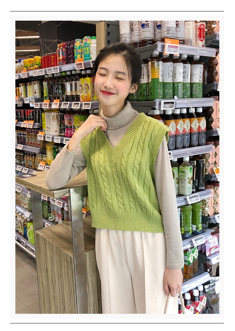 2019 NEW Spring Autumn Sweater Vest Women V-Neck Knitted Vest Female Casual Tank Tops Sleeveless Twist Knit Pullovers
