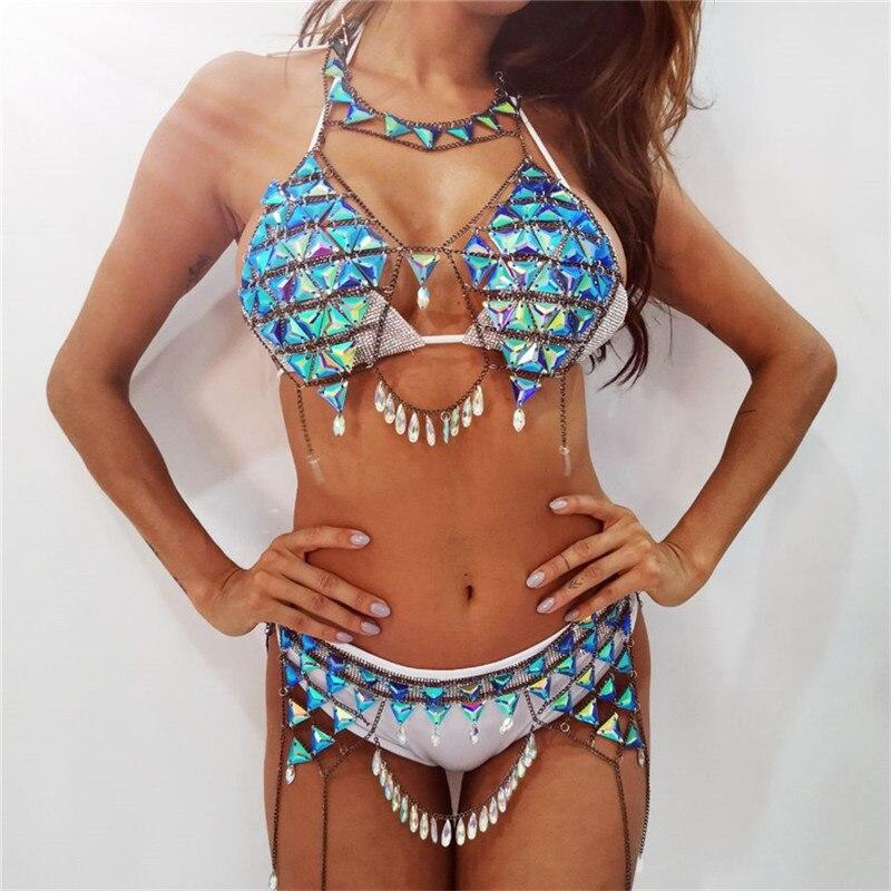 Femmes deux pièces ensemble exagéré géométrique gemmes bijoux métal corps chaîne Sexy dos nu haut à licou boîte de nuit 2 pièces tenues