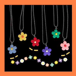 Korean Elegant Style Little Daisies Flower Necklaces for Women Girls Cute Girl Student Small Flower Stainless Steel Beads Chain