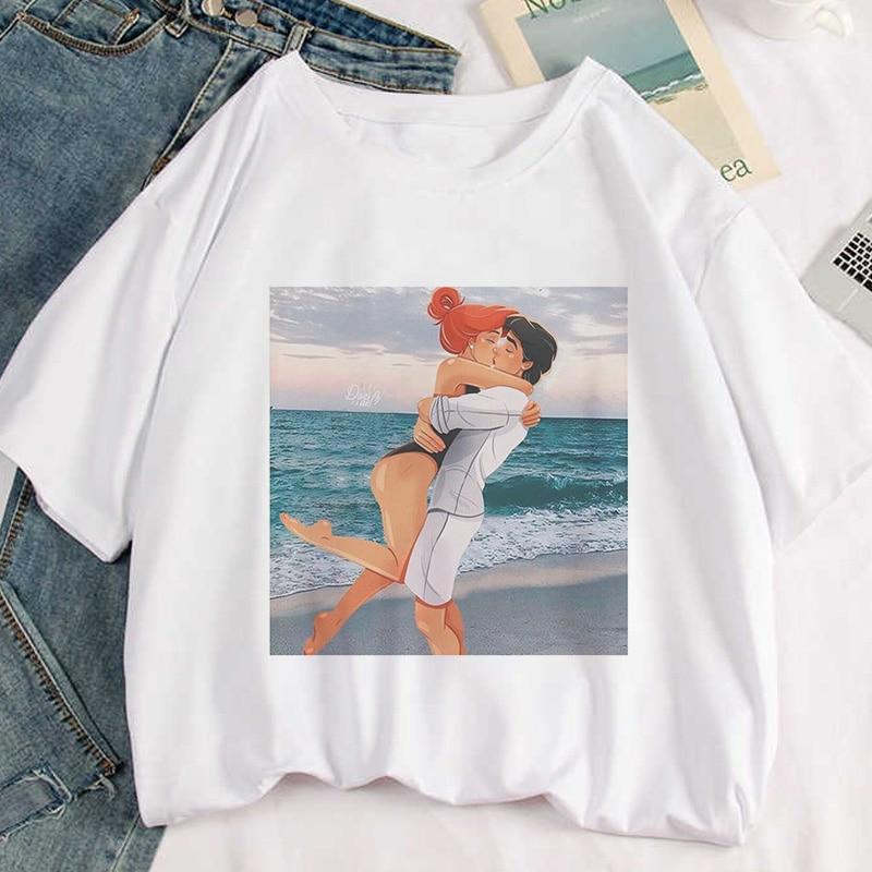 Princess And Prince Beach Kissing Print T-shirt Women Vogue White Aesthetics Casual Tshirt Harajuku Short Sleeve Female T Shirt