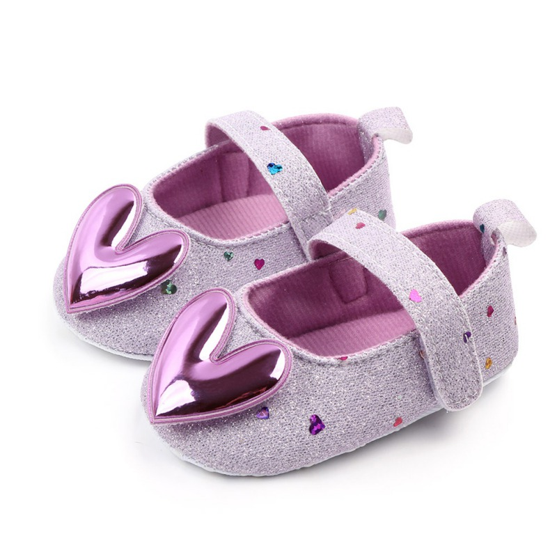 Newborn Baby Shoes 0-18M Spring Baby Girl Anti-Slip Casual Walking Shoes Sequin Heart Design Sneakers Soft Soled First Walkers