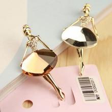 Broche en alliage pour femmes, 1 pièce, couleur blanche/café, ballerine pour filles, accessoires en cristal, à la mode