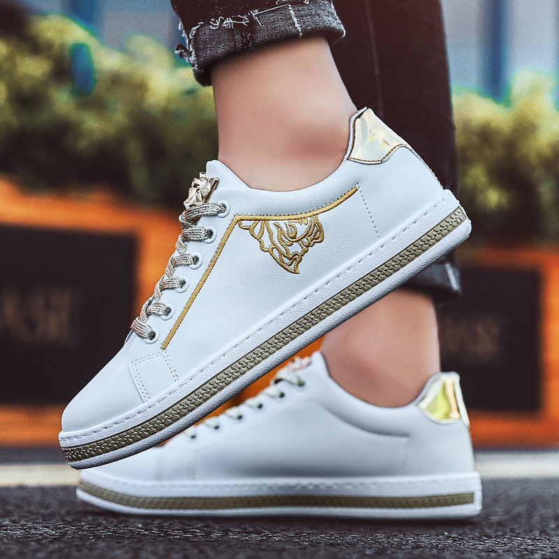 High Quality Men White Sneakers Man Casual Shoes Breathable Leather Shoes Men Lace-Up Comfortable Flat Walking Shoes Zapatillas