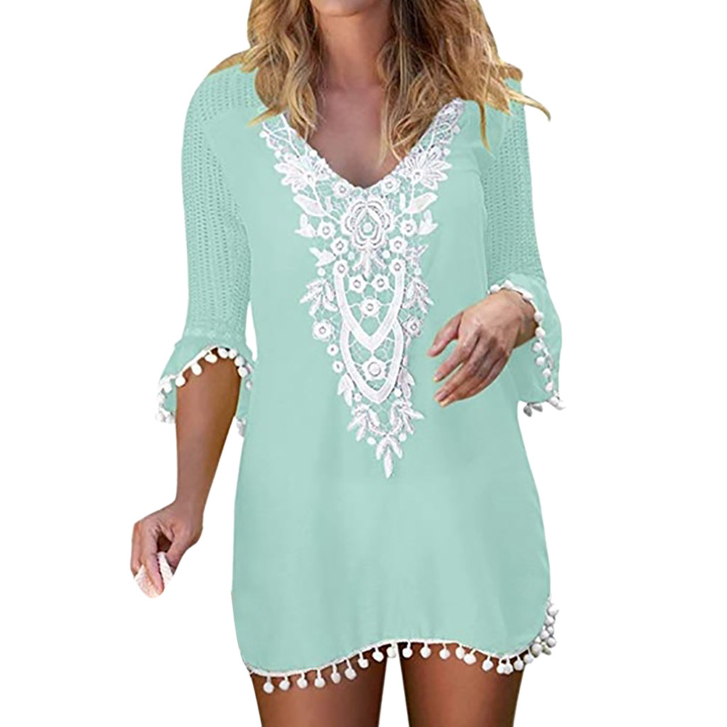 2019 Sexy Beach Dress Women Pom Pom Trim Tassel Beach Tunics Patchwork Lace Crochet Swimwear Beach Cover Up