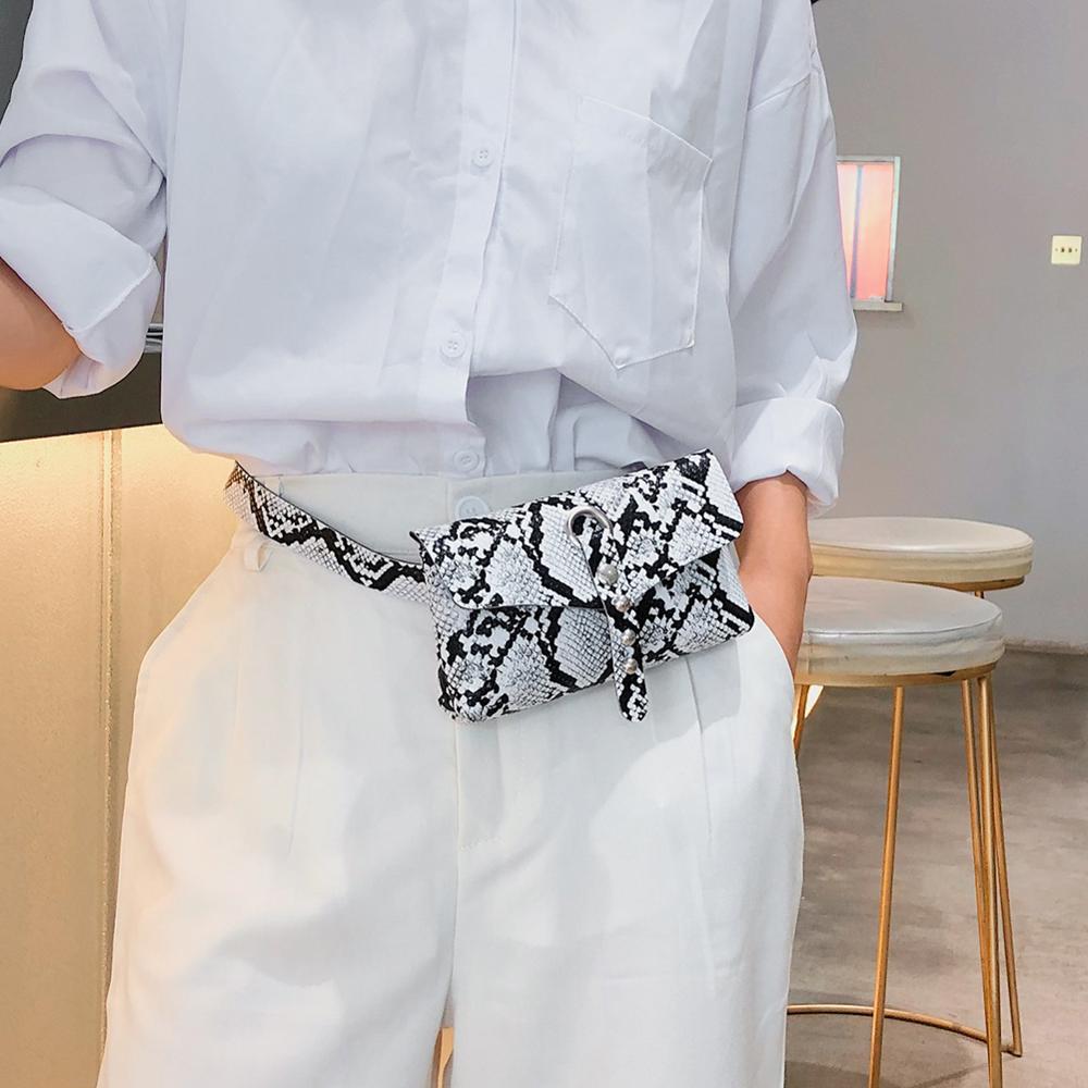 2019 Snake Fanny Pack Ladies PU Leather Waist Belt Bag Women Banana Mini Bag On A Belt Luxury Designer Women Chest Bag