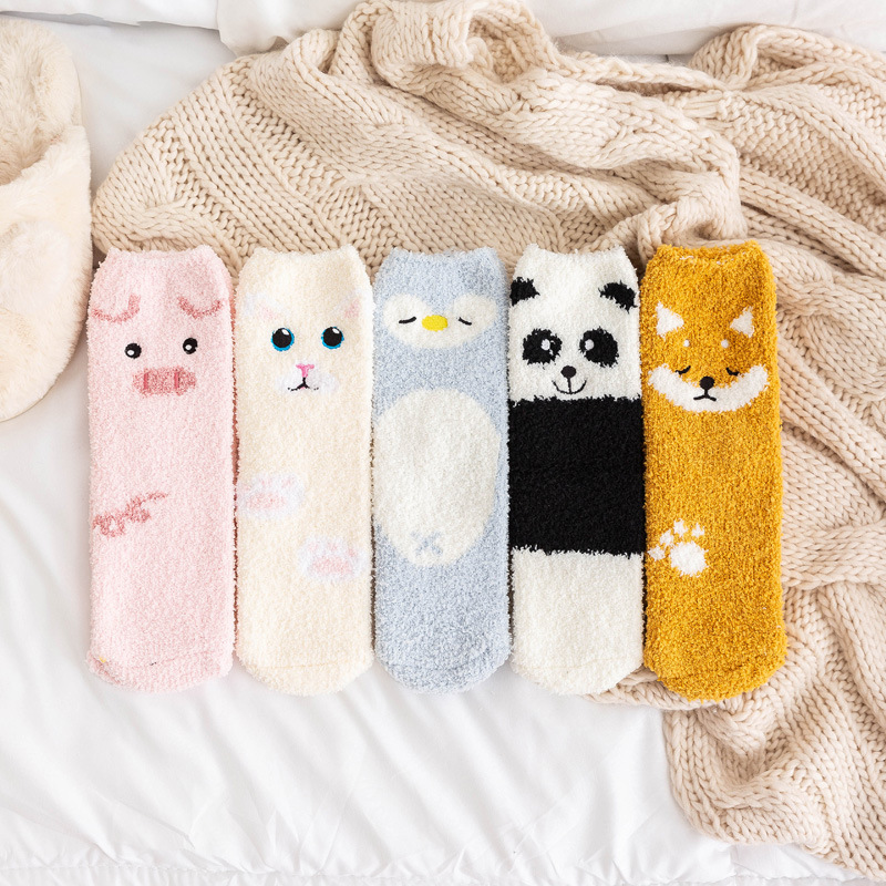 Lovely Cartoon Animals In Autumn And Winter Plush And ThiCkened Warm Middle Tube Socks Sleeping Socks At Home Floor Socks
