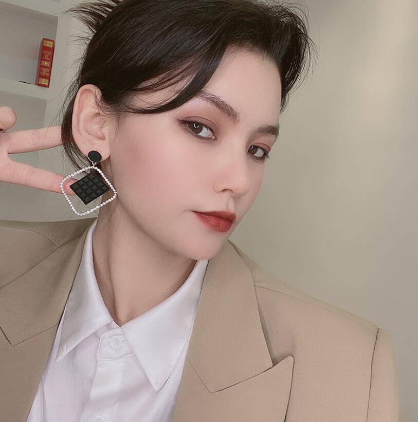 Корейские модные квадратные серьги Стразы, модные простые геометрические серьги-капли, масляные и газовые серьги