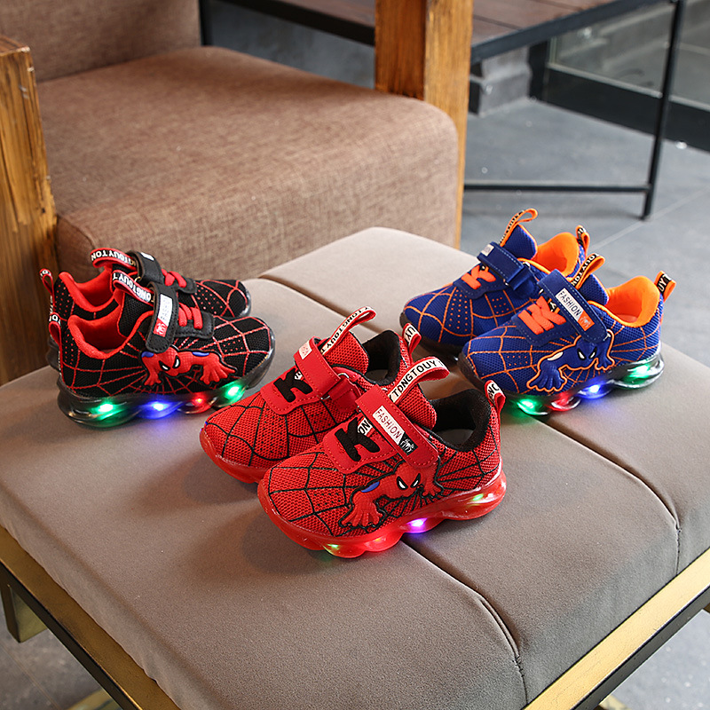 2020 Fashion Spider Man Children Sneakers Cool LED Lighting Glowing Baby Girls Boys Tennis Shoes Lovely Infant Kids Shoes