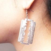Nuevo diseño de los pendientes de la hoja para hombres mujeres Punk acrílico Rock una hoja de afeitar pendientes joyería de moda regalo recuerdo
