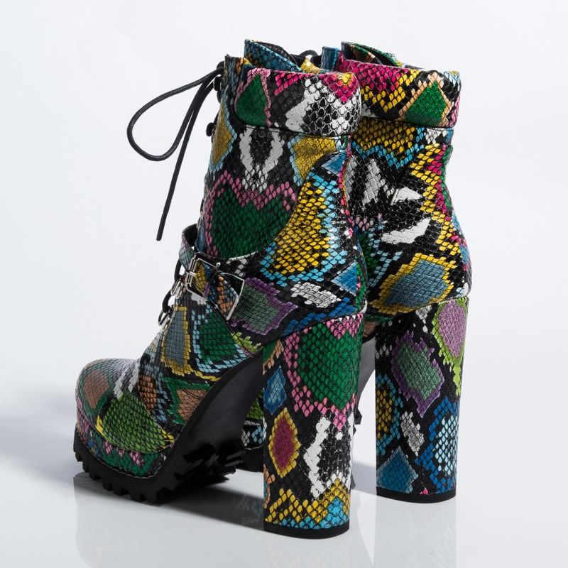 ผู้หญิงแพลตฟอร์ม Chunky Heeled Bootie สีเขียวงูพิมพ์ข้อเท้าฤดูหนาวรองเท้าผู้หญิงรอบ Toe ส้นสูงเซ็กซี่สุภาพสตรีรองเท้า