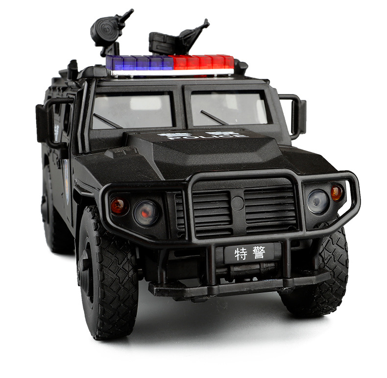 1:32 High Simulation Russian Tiger Armored Police Car Special Forces Five-Door Voice Acousto-Optic Alloy Car Model Car Model