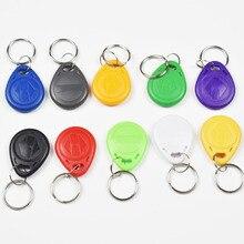 50 pçs/lote 125khz proximidade rfid em4305 t5577 cartão inteligente ler e regravável token tag keyfobs keychains controle de acesso