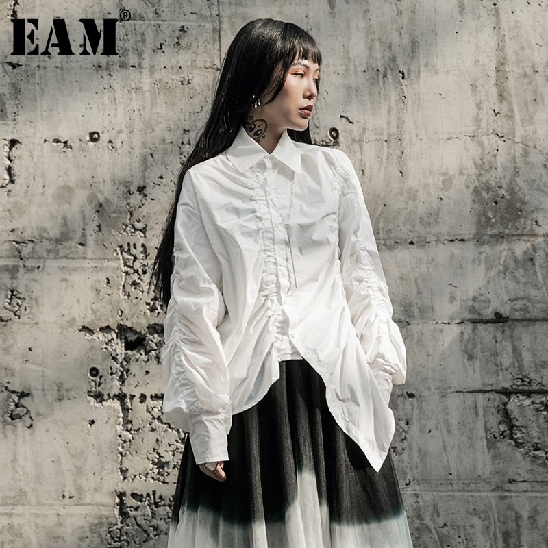 [EAM] Women White Pleated Asymmetrical Big Size Blouse New Lapel Long Sleeve Loose Fit Shirt Fashion Spring Autumn 2020 1R595