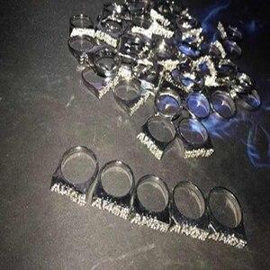 Image 4 - Moveon 힙합 AWGE 링 편지 라이트 부드러운 트렌드 남자 라운드 링 파티 선물을위한 록키 쥬얼리 Statement Simple Bijoux